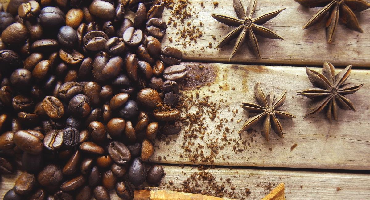 Τρία απολαυστικά μπαχαρικά για να αρωματίσετε τον πρωινό καφέ σας !